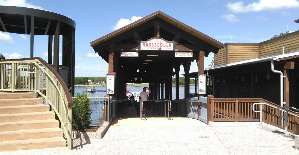 disneysprings-landingboatdock