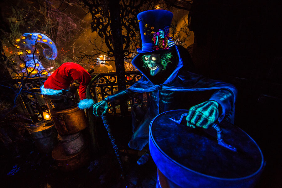 hatbox ghost dl 1 - Haunted Mansion Nightmare Before Christmas