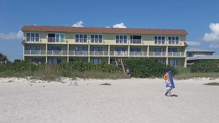 00-tuckaway-shores-beach-m
