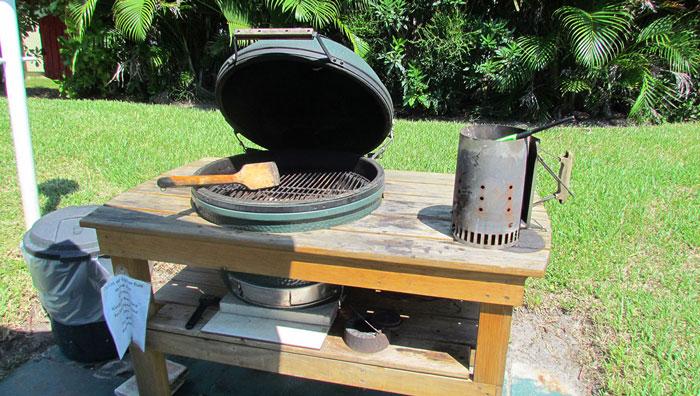 00-tuckaway-shores-grill-m