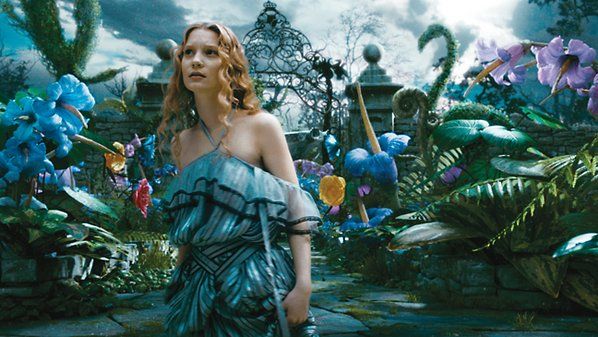 AliceThroughTheLookingGlass1
