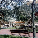 Many trees in Town Square... and what are those? Benches to sit on?