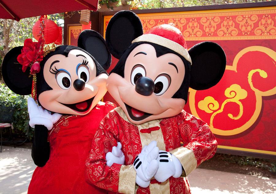 mickey-minnie-chinese-newyear