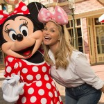 christie-brinkley-Minnie-thum