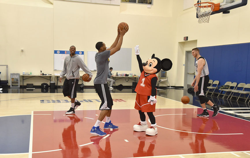 mickey-clippers-court