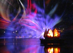 04-rivers-of-light-projection-1