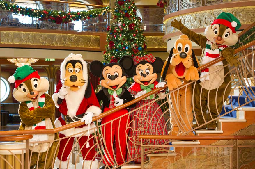dcl-xmas-fab-five