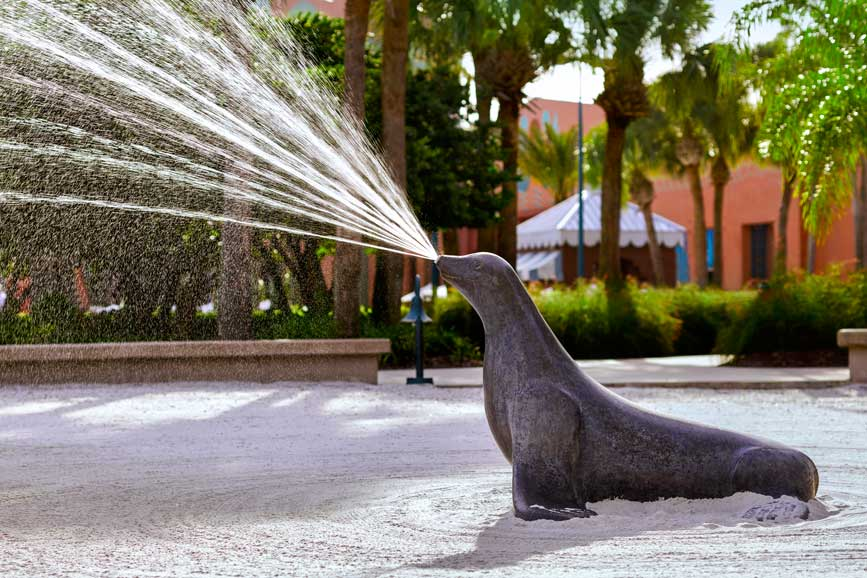 sandtastic-swan-dolphin