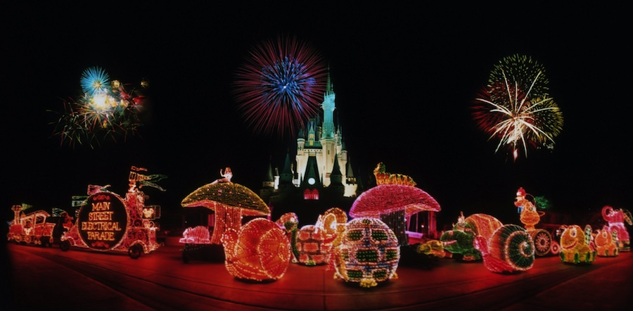 electrical-parade-disneyworld-header