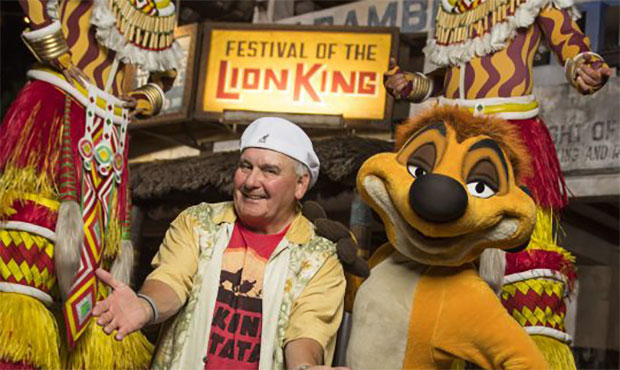 celebrity spotting  voice of pumbaa at festival of the