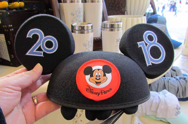 99fc34f2175 2018 dated Walt Disney World merchandise released