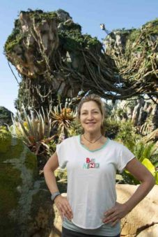 Edie Falco in Pandora - The World of Avatar
