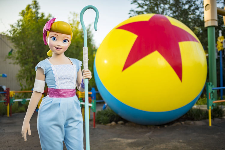 Bo Peep visits Toy Story Land