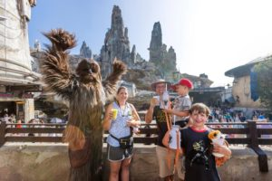 1 millionth rider on Millennium Falcon Smugglers Run