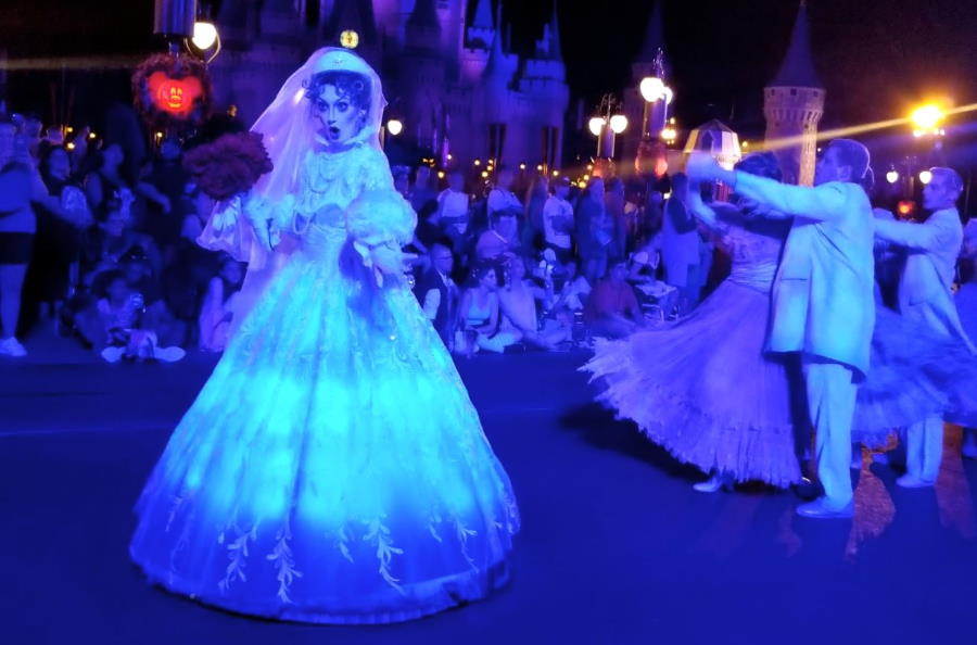 Video: Mickey's Boo-to-You Halloween Parade - 2019 changes | The Disney Blog