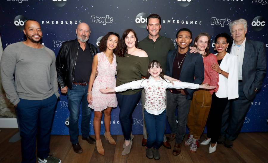 "New ABC drama ""Emergence"" builds early buzz ahead of premiere 