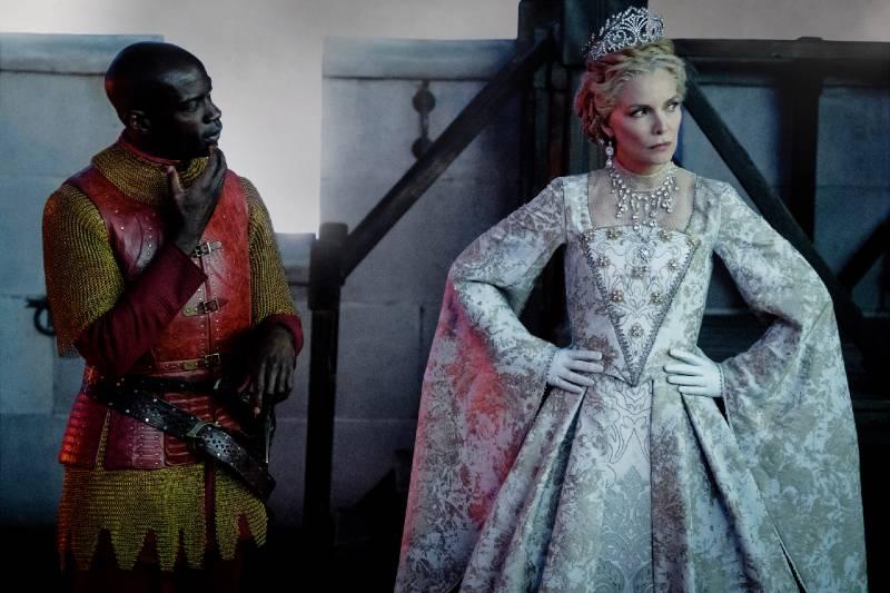 Maleficent Mistress Of Evil Costume Designer On Challenges