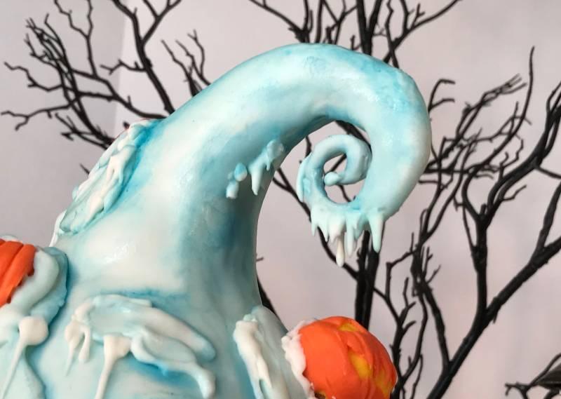 Haunted Mansion Holiday Birthday Cake - Disney Fan Made | The Disney Blog