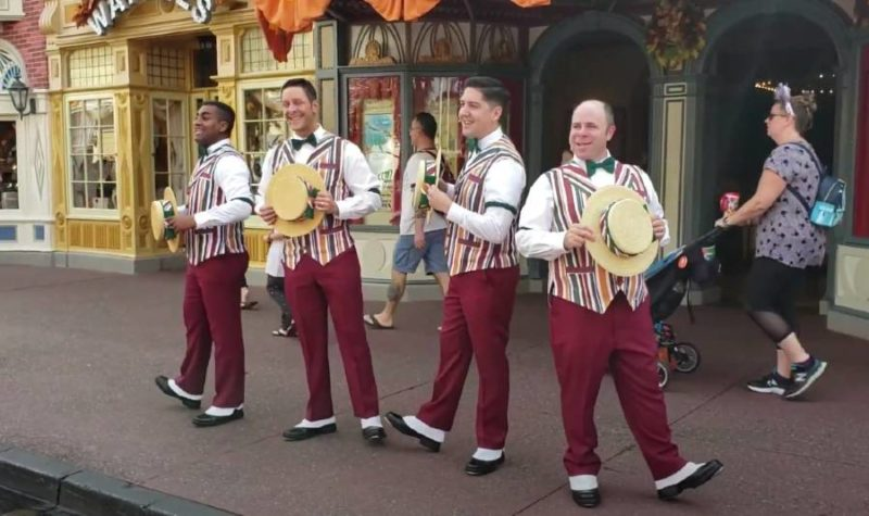 dapper dans at magic kingdom