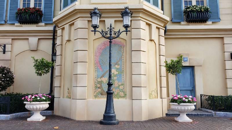 Art Nouveau wall painting