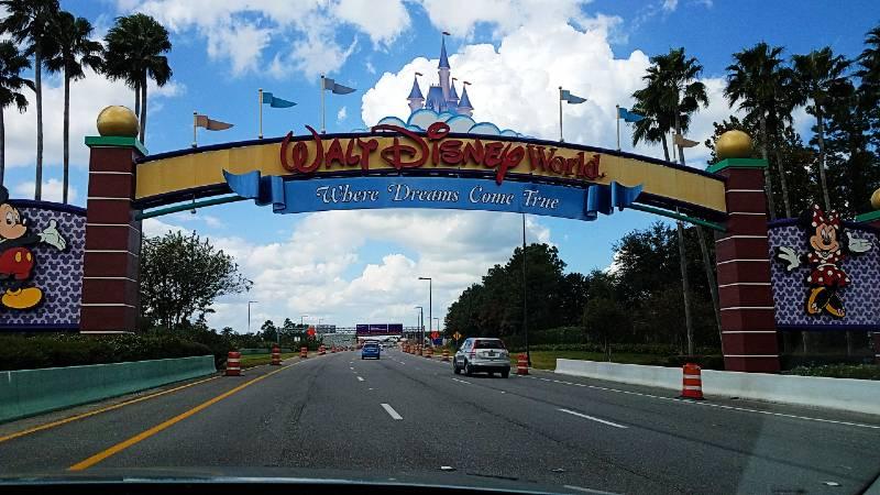 "2018 Walt Disney World ""Where Dreams Come True"" Sign"