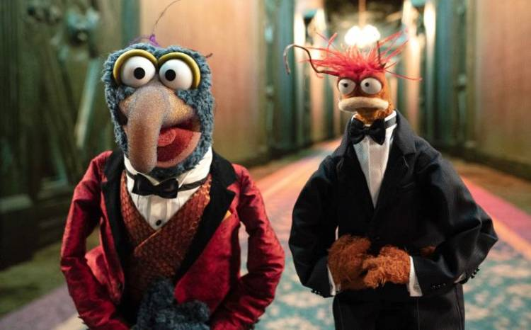 Muppets Haunted Mansion - Gonzo and Pepe