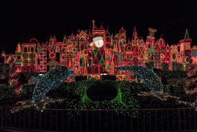 Disneyland Celebrates the Holidays - It's a Small World